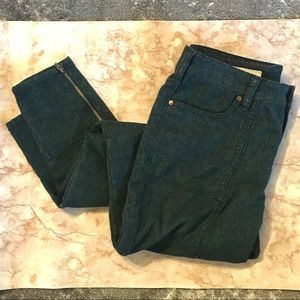 Green tapestry Pilcro Anthro Skinny Jeans 27 GUC
